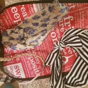 3 super cute headbands and Lululemon tote